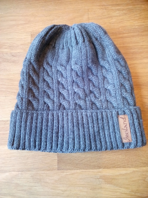 BEA 5 CH Inis Knit Hat